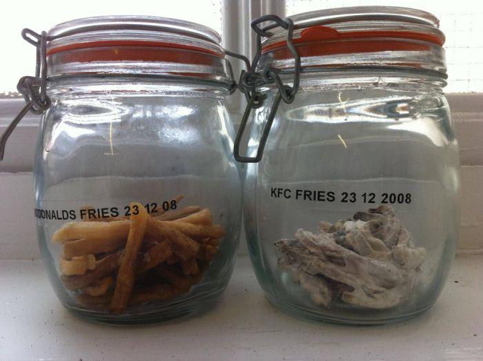 Картофель фри спустя три года (2 фото)
