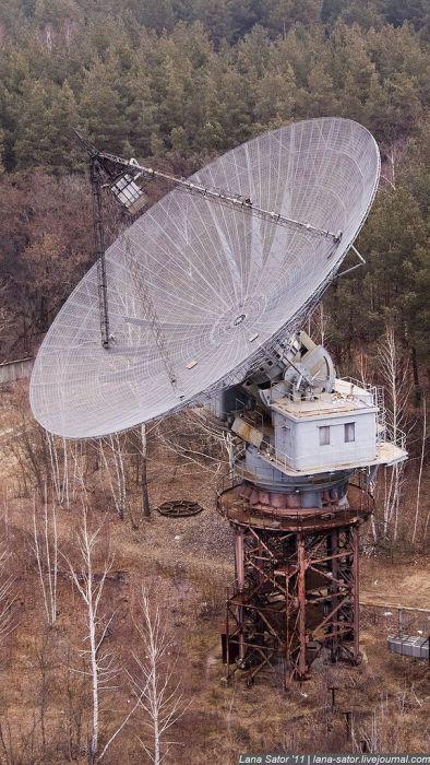 Покинутая станция изучения ионосферы (53 фото)