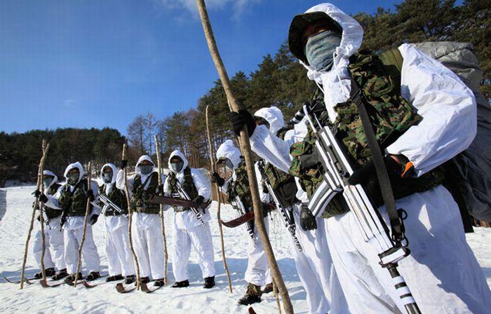 Тренировка южнокорейских солдат (18 фото)
