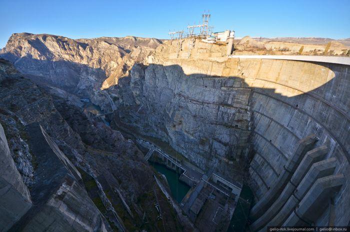 Самая высокая плотина России (48 фото)