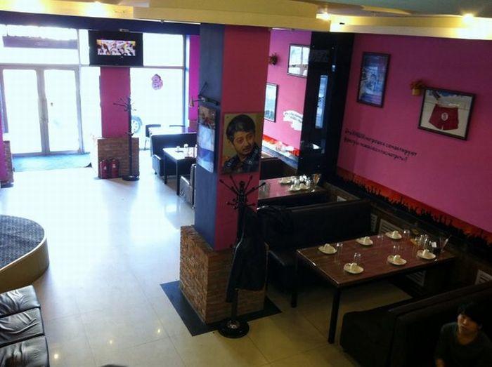 """Ресторан """"Наша Russia"""" в Китае (18 фото)"""