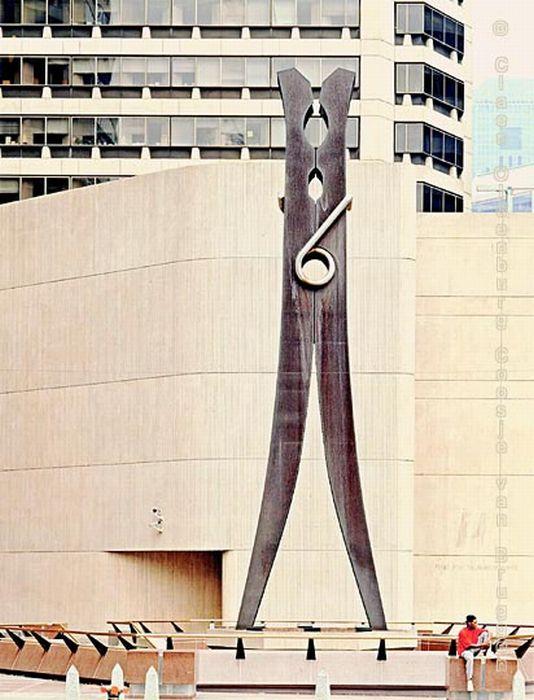 Гигантские скульптуры (35 фото)