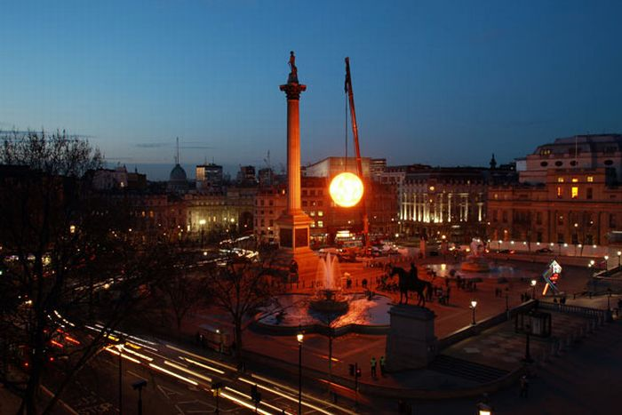 В Лондоне солнце встало на час раньше (13 фото)