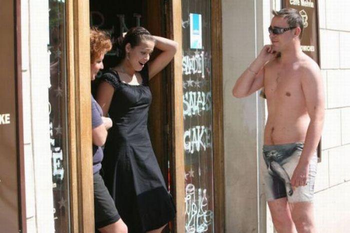 Безотказный способ знакомства с девушками (3 фото)