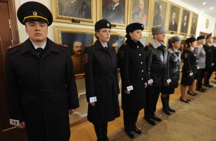 Новая полицейская форма (11 фото)