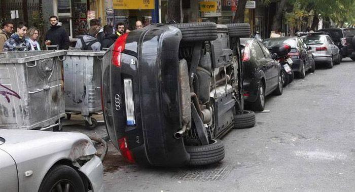 Жесткая месть за парковку в неположенном месте (5 фото)