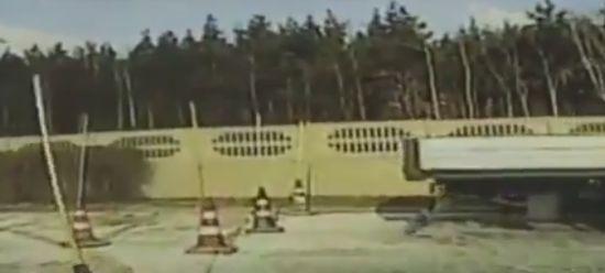 Как польская бабулька на права сдавала (видео)
