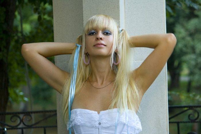 Красивые девушки из социальных сетей (94 фото)