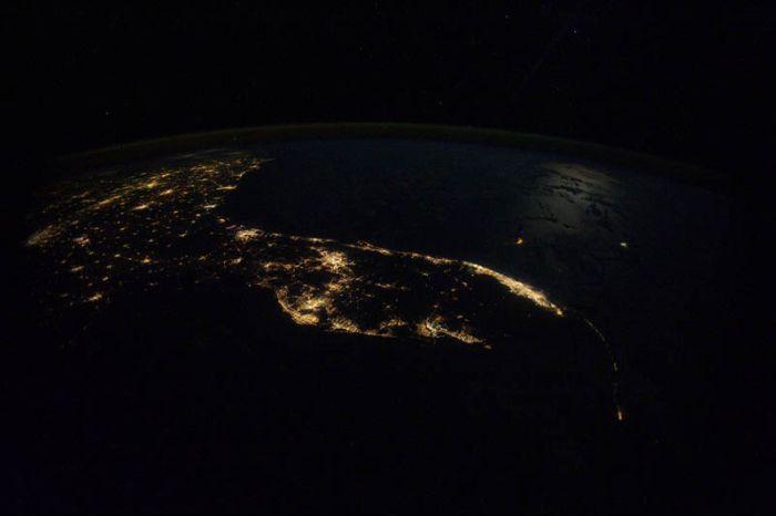 Наша планета ночью (30 фото)
