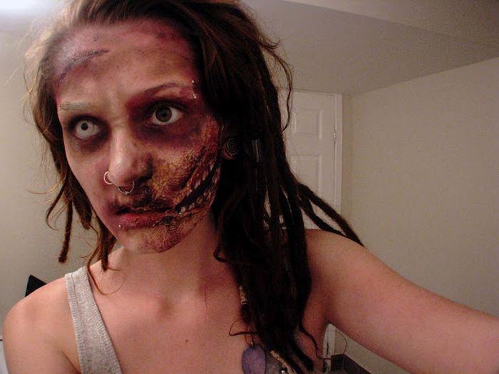 Девушка-зомби (8 фото)