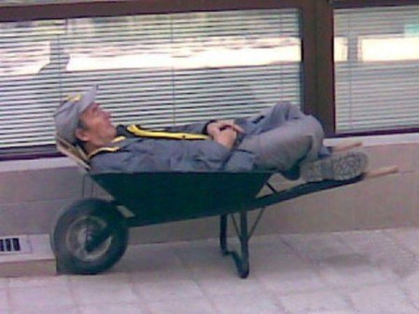 Суровые будни работников ЖКХ (55 фото)