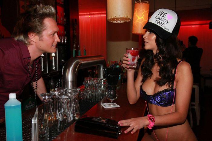 Самая сексуальная DJ Микаэла Шефер (15 фото)