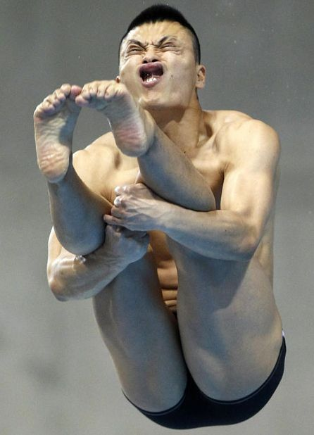 Лица спортсменов на кубке мира по прыжкам в воду (21 фото)