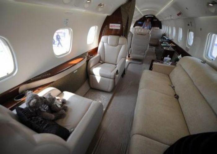 Самолет Джеки Чана (12 фото)