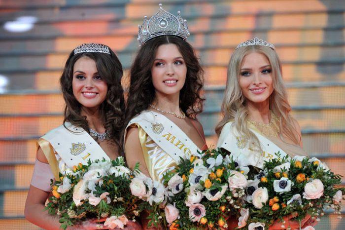 """Конкурс """"Мисс Россия"""" (72 фото)"""