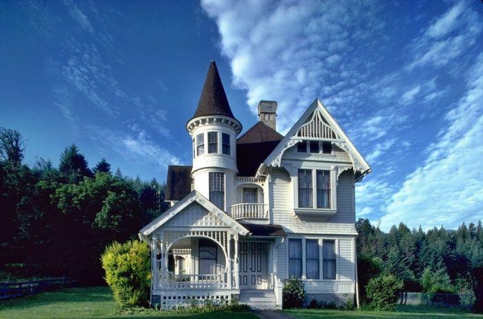Маленький дом замок фото