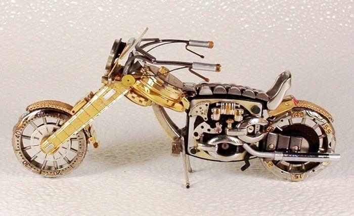 Мотоциклы из старых часов (37 фото)