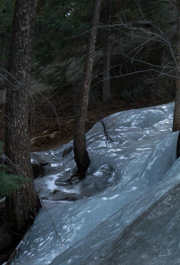 Ледяная река (4 фото)