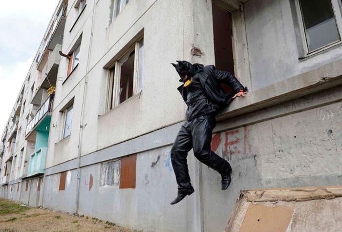 Бэтмен в Словакии (16 фото)