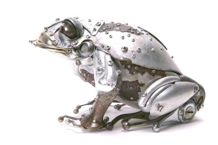 Металлические скульптуры (17 фото)