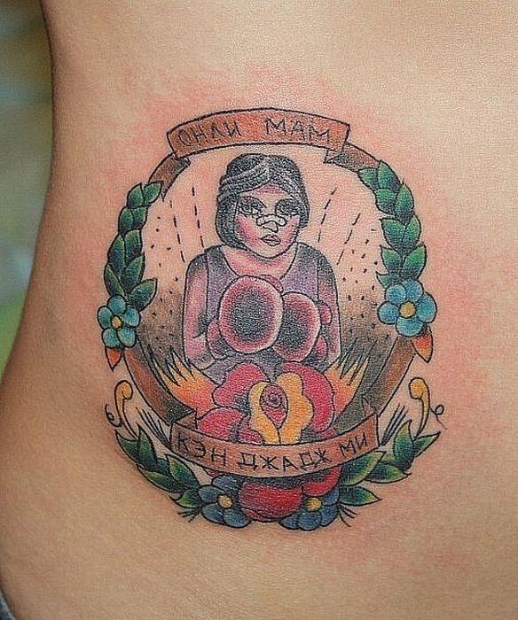 Странные и нелепые татуировки (42 фото)