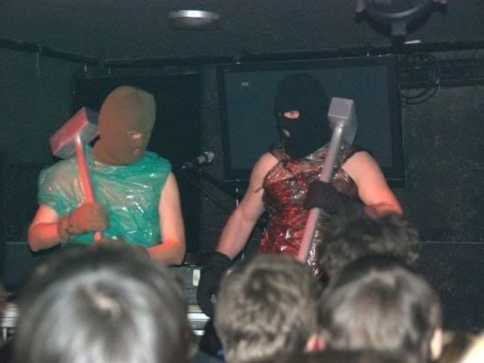 Les presento a estos locos del grupo musical ucraniano.