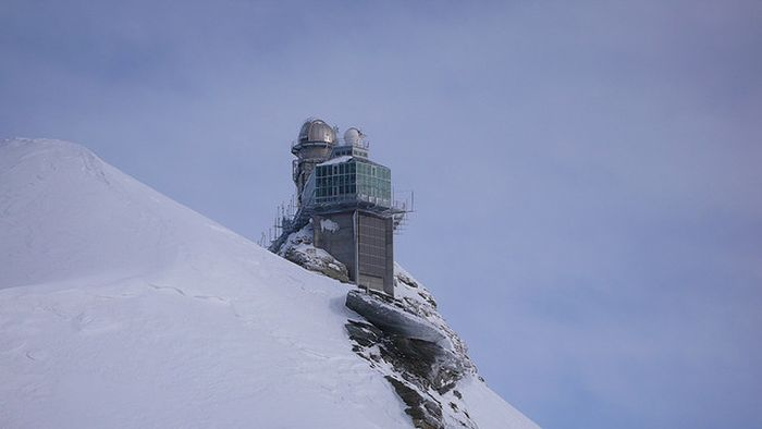 Обсерватория в Альпах (10 фото)