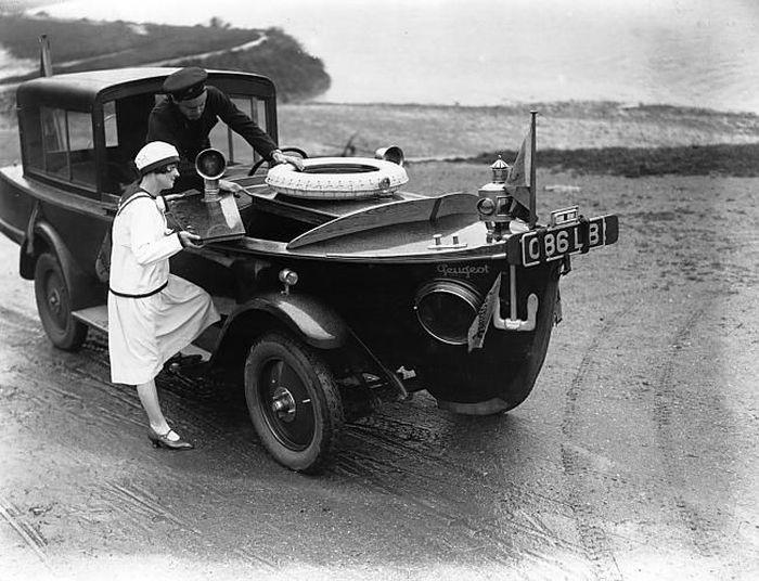 Креативные автомобили прошлого (36 фото)