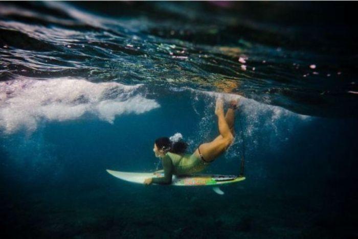 Сексуальные серфингистки