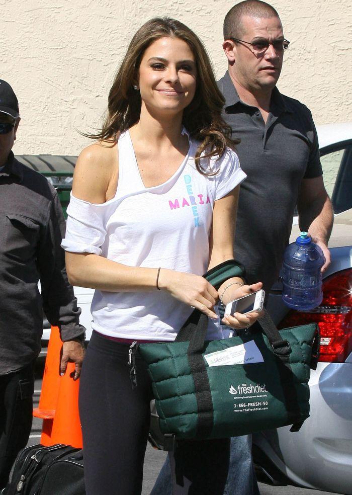 Мария Менунос в спортивной одежде (7 Фото) .