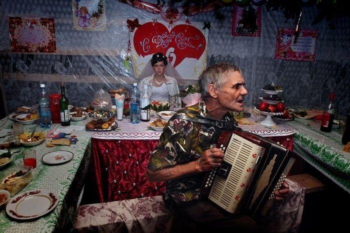 Деревенская свадьба (19 фото)