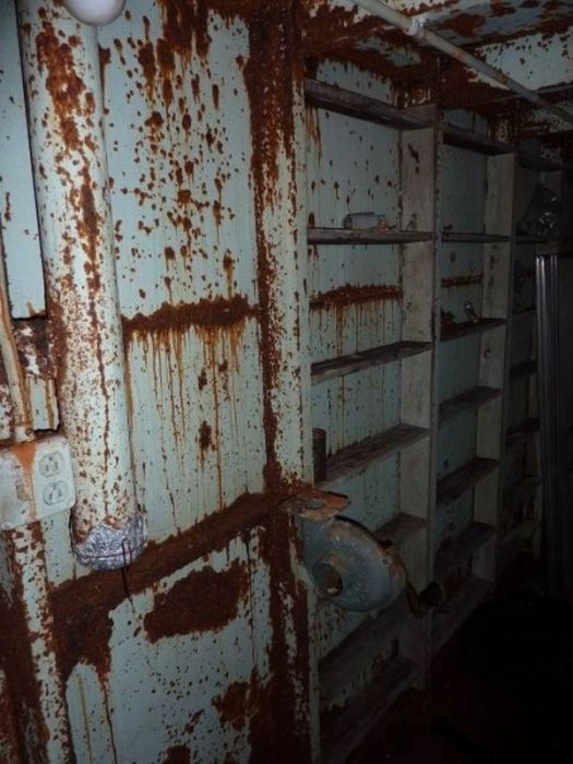 Заброшенное бомбоубежище в США (20 фото)