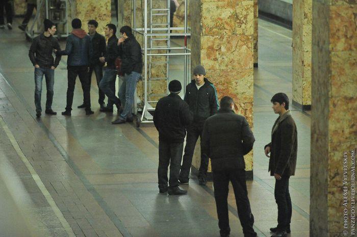 Московское метро. Нелегальная деятельность. Часть 2 (61 фото)