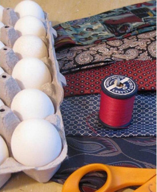Оригинальный способ покрасить яйца (4 фото)