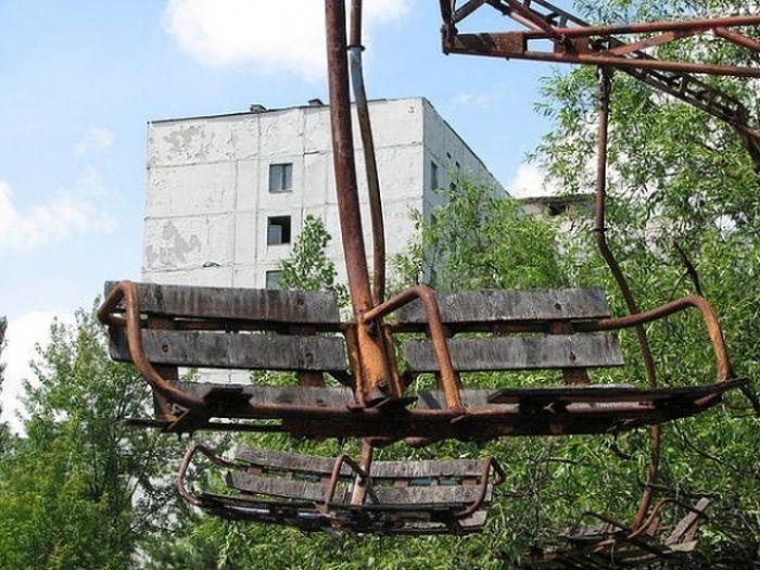 Заброшенный парк развлечений (40 фото)