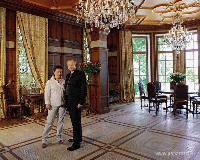 Замок Аллы Пугачевой и Максима Галкина (17 фото)