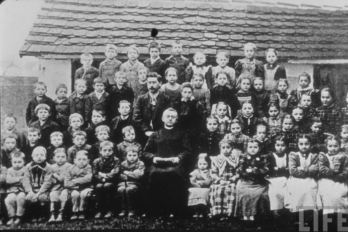 Редкие фотографии Гитлера (61 фото)
