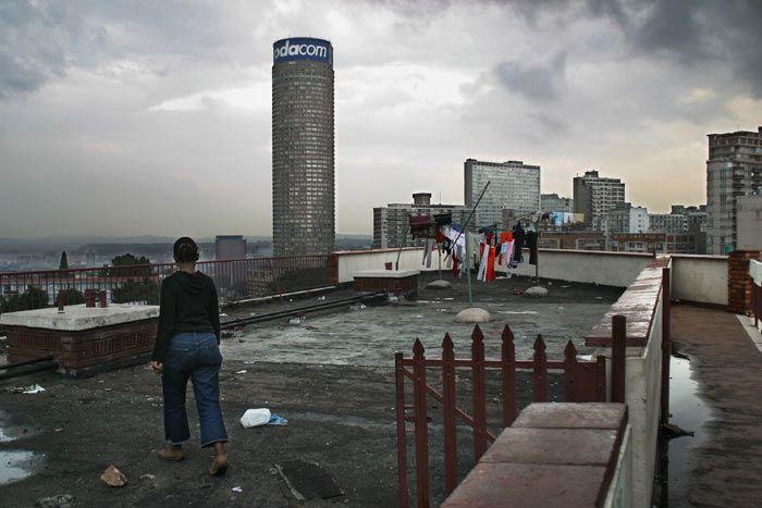 Понте Сити - жилой дом в Африке (15 фото)