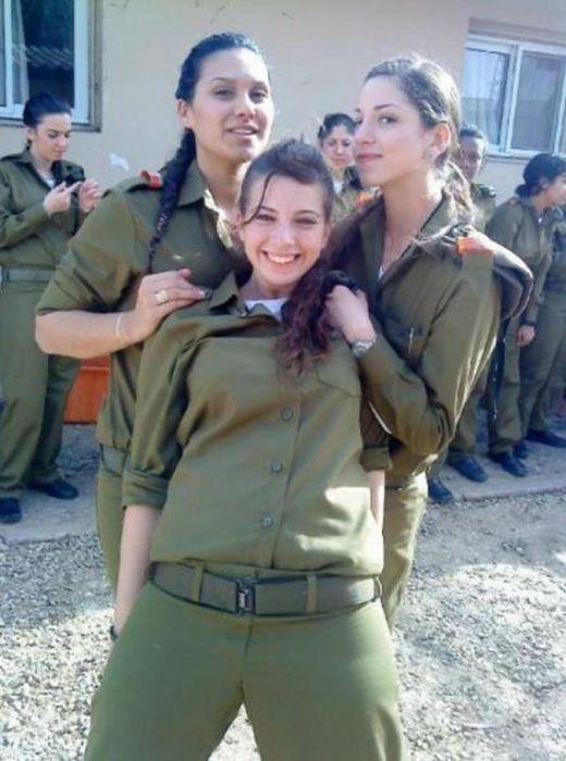 Девушки из армии Израиля (70 фото)