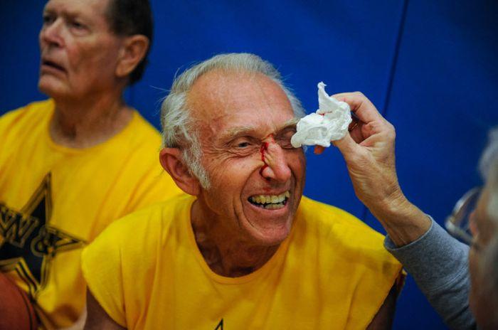 Спорт для пожилых людей (21 фото)
