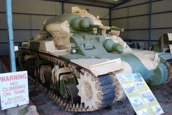 Австралийский танк (3 фото)