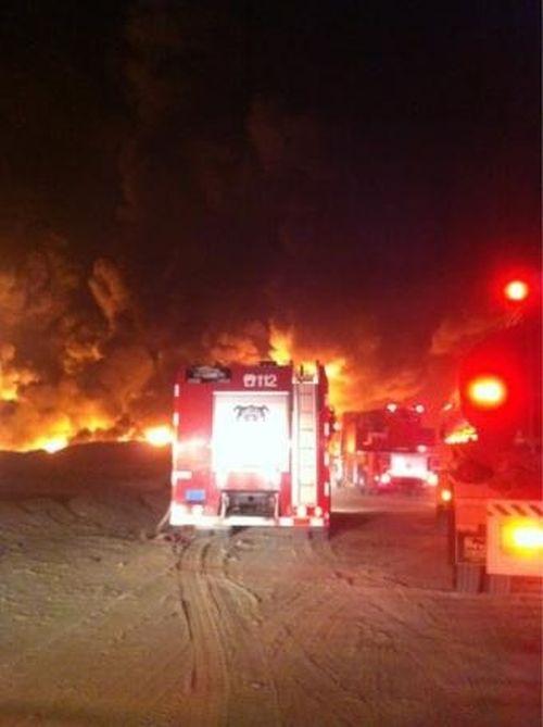 Пожар в Кувейте (7 фото + видео)