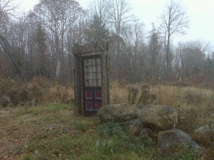 Двери, ведущие в Нарнию (20 фото)
