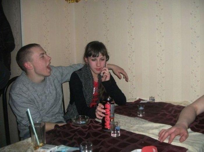 Выпившая молодежь (16 фото)