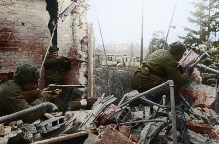 http://trinixy.ru/pics5/20120505/army_10.jpg