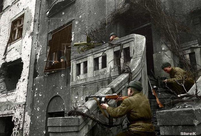 http://trinixy.ru/pics5/20120505/army_25.jpg