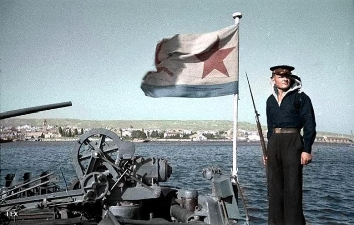 http://trinixy.ru/pics5/20120505/army_35.jpg