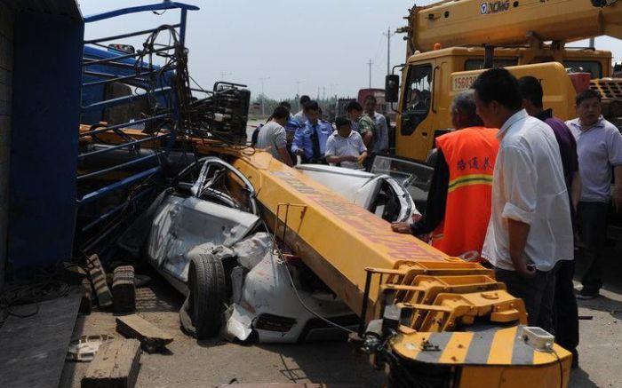 Авария в Китае (4 фото)