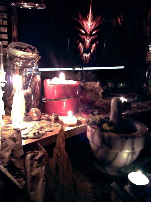 Поклонник игры Diablo (13 фото)