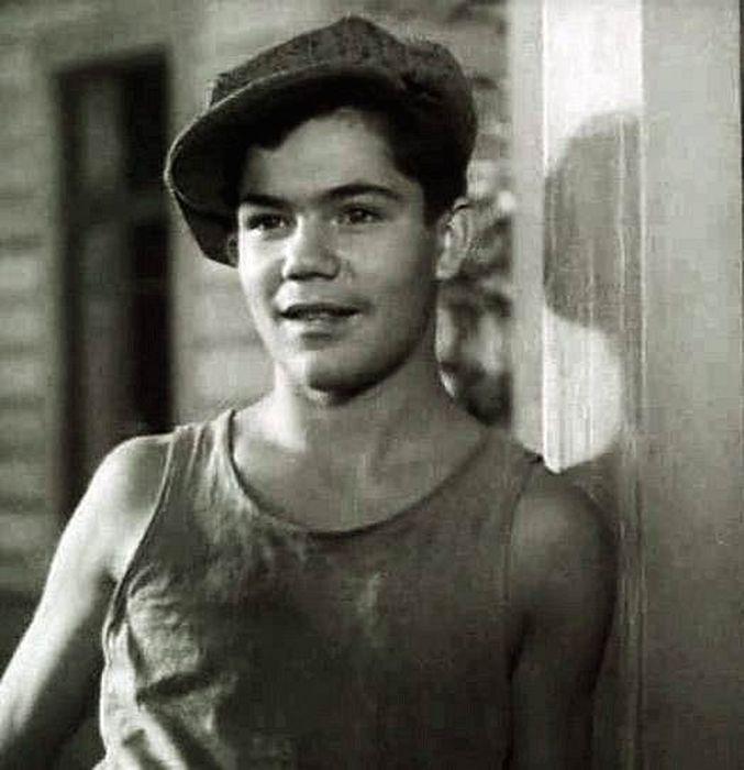 Актеры, которые побывали на войне (50 фото)